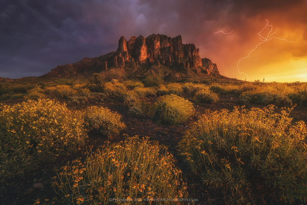Wild Superstitions Mountains landscape photo by Peter Coskun